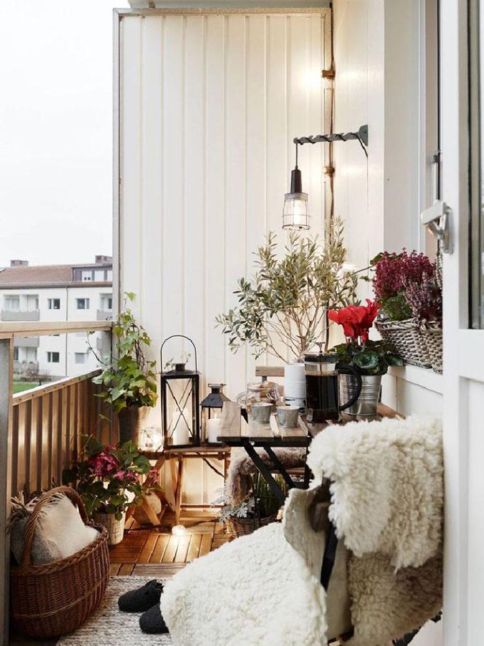 cách trang trí ban công căn hộ chung cư