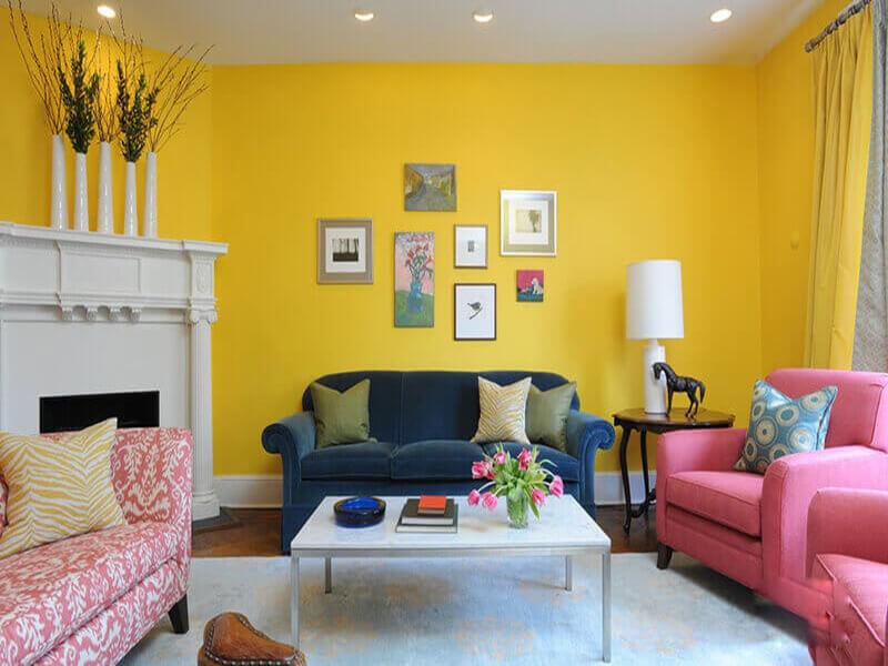 Màu vàng nhạt rất phù hợp để trang trí không gian phòng khách hiện đại