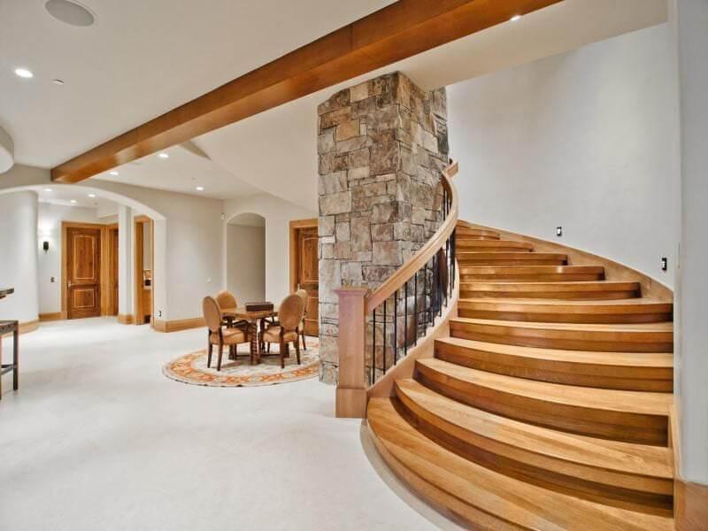 thiết kế lan can cầu thang vừa tăng tính thẩm mỹ lại đảm bảo an toàn