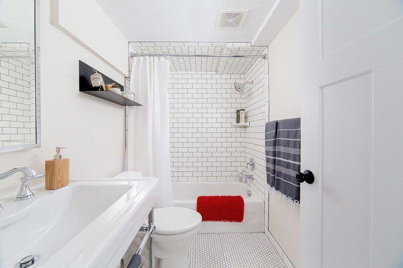 không gian phòng tắm tuy đơn giản mà không kém phần sang trọng