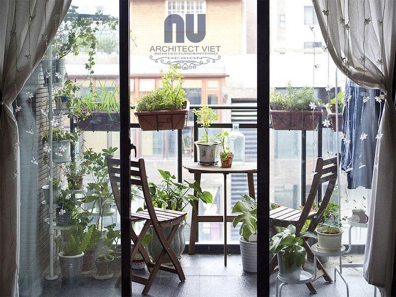thiết kế ban công với một khu vườn sang chảnh