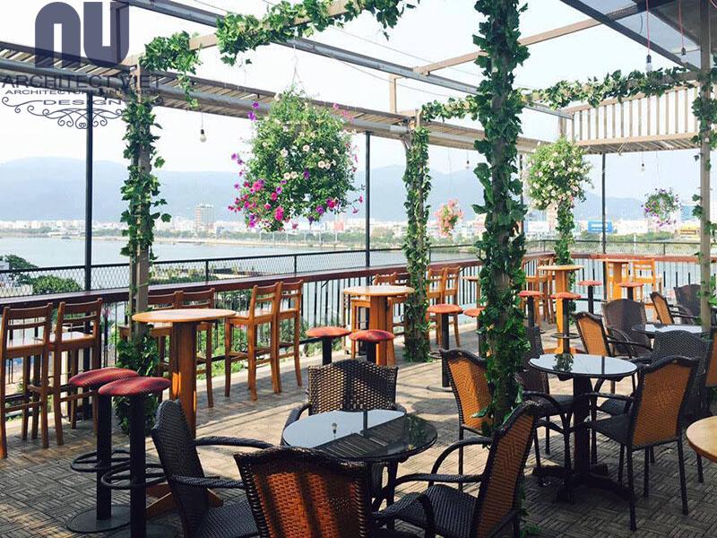 Thiết kế quán café ban công với góc view sân thượng
