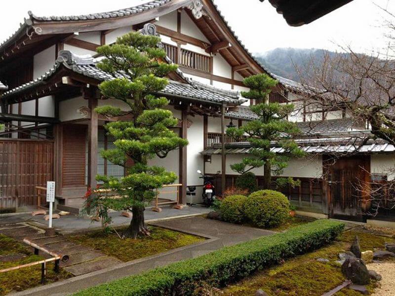 Trang trí sân vườn Nhật Bản đầy sáng tạo và cuốn hút