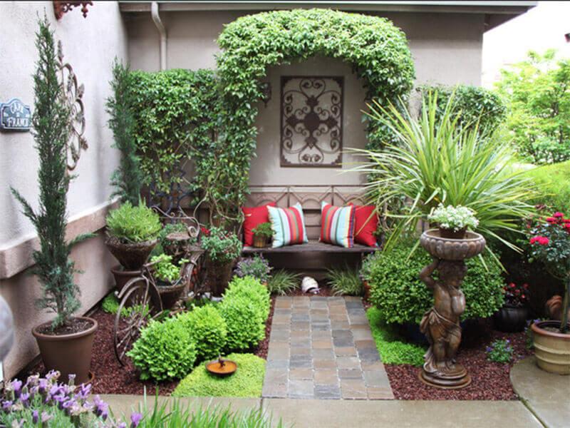 tư vấn trang trí sân vườn đẹp tô điểm không gian