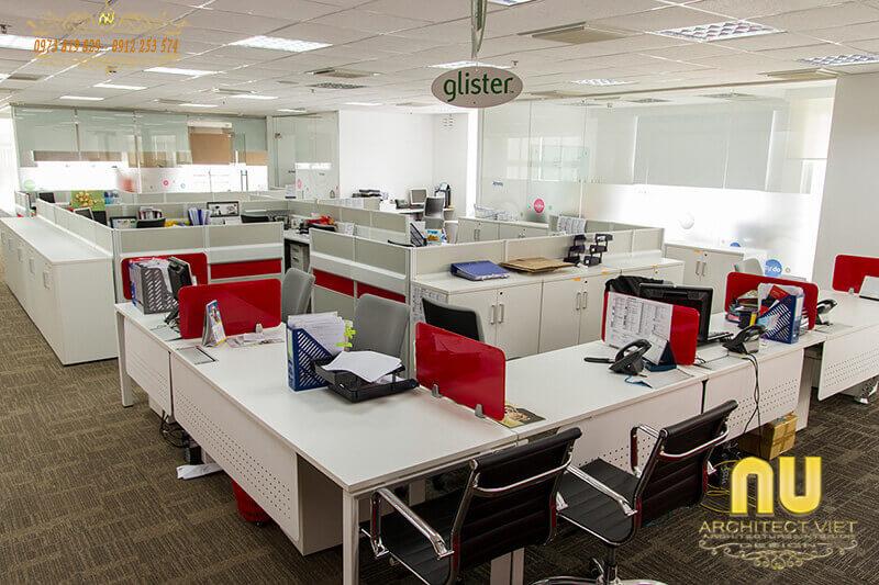 gam màu tươi sáng nổi bật trên nền trắng trong văn phòng
