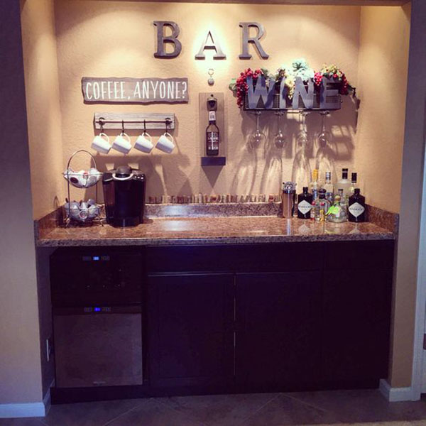 Thiết kế quầy bar góc tường sáng tạo