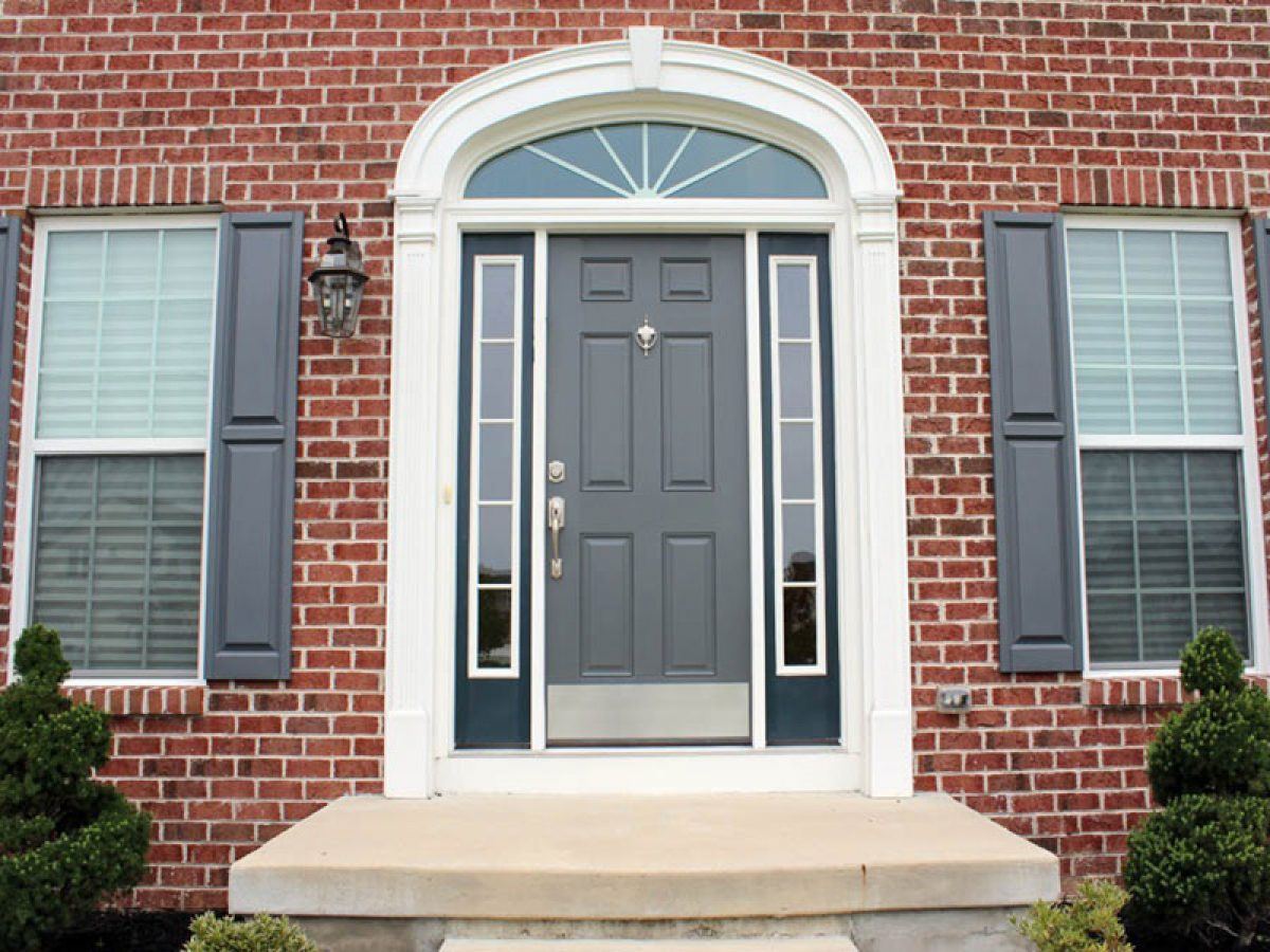 Thiết kế cửa nhà hợp phong thủy rước may mắn và tài lộc vào nhà